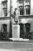 Pomník T. G. Masaryka před ZŠ J. A. Komenského., autor: Archiv - Jaroslav Rychtařík