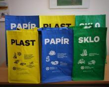 Tašky na separovaný odpad - porovnání velikosti 20 l a 40 l