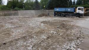 Demolice Městské plavecké haly v Lounech